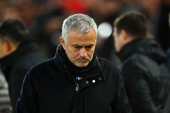 Hé lộ 4 ngôi sao đứng sau thao túng màn kịch ép MU sa thải Mourinho - Ảnh 1