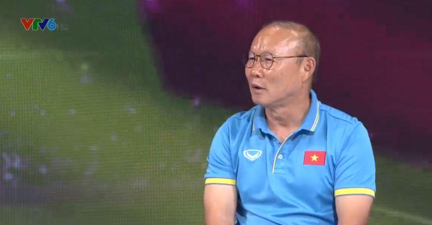 Lý do lạ khiến HLV Park Hang-seo không học tiếng Việt, không dùng mạng xã hội - Ảnh 1