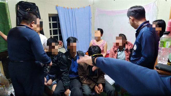 """Những lời khai đầu tiên trong vụ 152 du khách Việt """"mất tích"""": Tới Đài Loan ngắm cảnh và thăm bạn bè - Ảnh 1"""