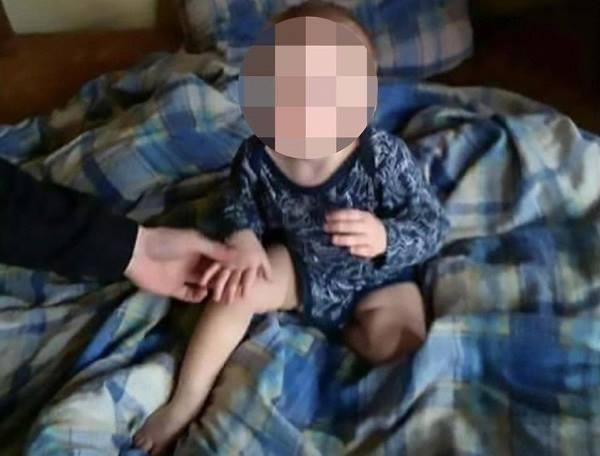 Người mẹ sốc nặng vì thấy video con trai gào khóc vì bị cho vào máy giặt - Ảnh 1