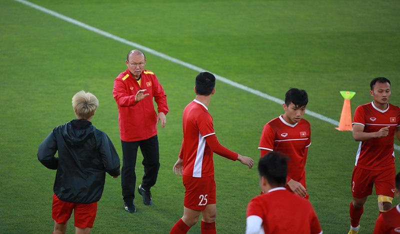 """HLV Park Hang-seo """"ra tối hậu thư"""" tuyển Việt Nam không được phép để thủng lưới trước Iraq - Ảnh 1"""