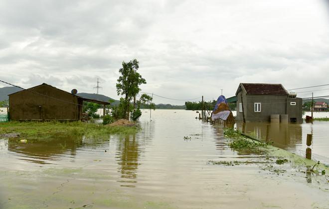 Tin tức dự báo thời tiết mới nhất hôm nay 17/10/2019: Nghệ An đến Quảng Trị tiếp tục mưa và dông - Ảnh 1