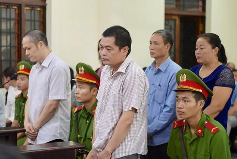 Xét xử vụ gian lận thi cử Hà Giang: Kẻ chủ mưu bị đề nghị cao nhất 9 năm tù - Ảnh 1