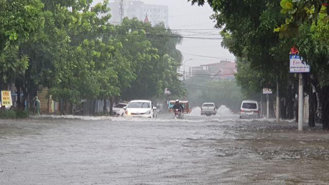 Tin tức dự báo thời tiết mới nhất hôm nay 19/10/2019: Miền Trung tiếp tục mưa dông kéo dài - Ảnh 1