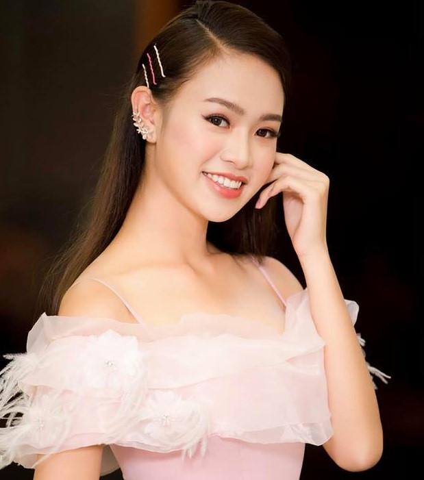 9X xinh đẹp lọt top 10 Hoa hậu Việt Nam 2016 tốt nghiệp xuất sắc ĐH Ngoại thương - Ảnh 3