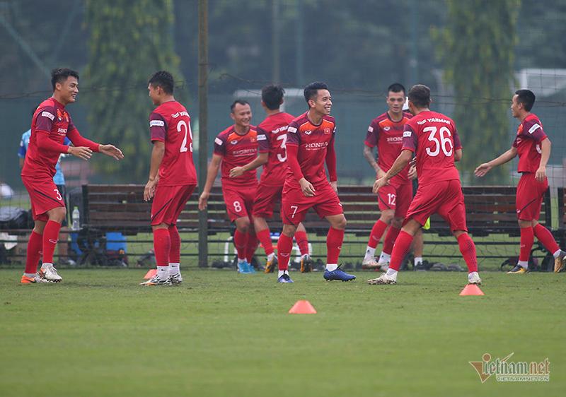 Thầy Park trực tiếp chỉ ra sai lầm sơ đẳng của đội tuyển U22 Việt Nam - Ảnh 3
