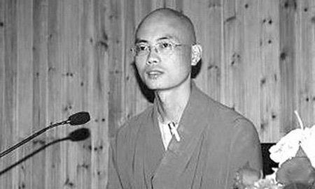 """Không hạnh phúc, """"Đệ nhất thần đồng Trung Quốc"""" trở thành nhà sư ở tuổi 38 - Ảnh 2"""