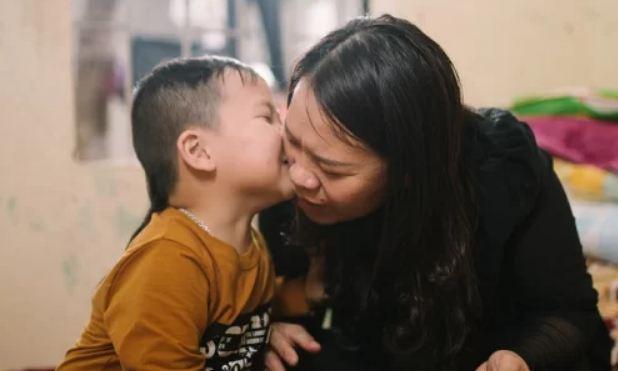"""Cậu bé """"thần đồng"""" Hà Tĩnh đọc tiếng Anh từ 18 tháng tuổi giờ ra sao? - Ảnh 1"""