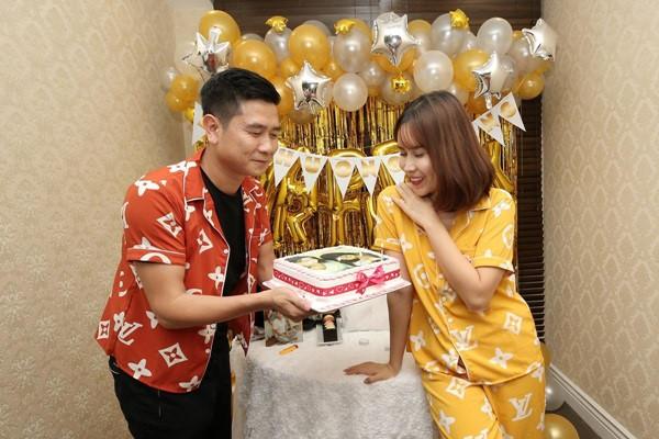 Lưu Hương Giang – Hồ Hoài Anh: Những hình ảnh đẹp của cặp đôi đẹp nhất nhì showbiz Việt - Ảnh 7