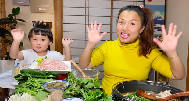 Bất ngờ lý do con trai vlogger Quỳnh Trần JP ngừng quay video với mẹ - Ảnh 2