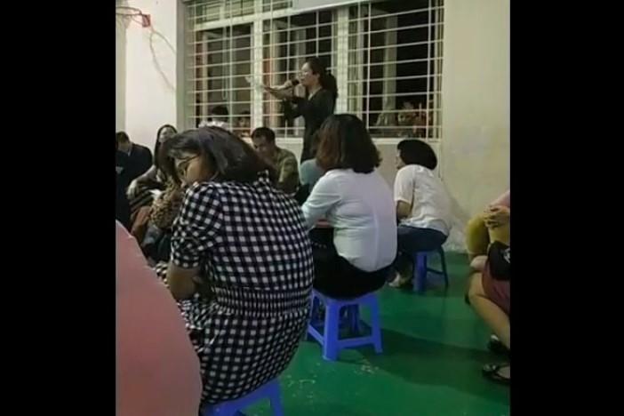 """Cô giáo phát biểu kỳ thị cha mẹ đơn thân và gia đình nghèo ở Hà Nội lên tiếng: """"Không bao giờ mình có tâm ý như thế..."""" - Ảnh 1"""