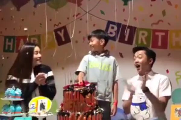 """Những cặp đôi """"như chưa hề có cuộc chia ly"""" của showbiz Việt: Người """"gương vỡ lại lành"""", kẻ sống chung chăm con - Ảnh 3"""