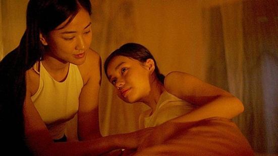 Vẻ đẹp trong trẻo của cô bé đóng cảnh nóng năm 13 tuổi trong phim Vợ ba - Ảnh 2