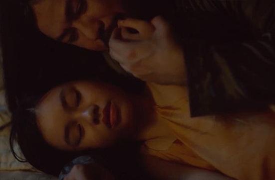 Vẻ đẹp trong trẻo của cô bé đóng cảnh nóng năm 13 tuổi trong phim Vợ ba - Ảnh 3