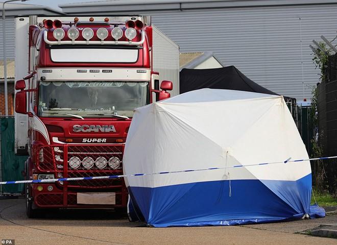 Vụ 39 người chết trong container ở Anh: Đã thông báo riêng tới gia đình các nạn nhân - Ảnh 1