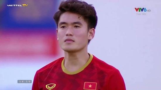 Loạt ảnh đẹp như tạc tượng của cầu thủ Huỳnh Tấn Sinh khiến hội chị em bấn loạn - Ảnh 5