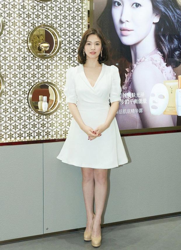 """Nhan sắc mặt mộc như """"bỏ bùa mê"""" của tượng đài nhan sắc Song Hye Kyo  - Ảnh 3"""