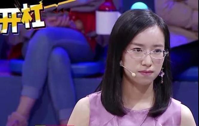 """Cô gái bị mắng là """"con lợn ngu ngốc"""" trở thành tiến sĩ Harvard nhờ câu nói của mẹ - Ảnh 1"""
