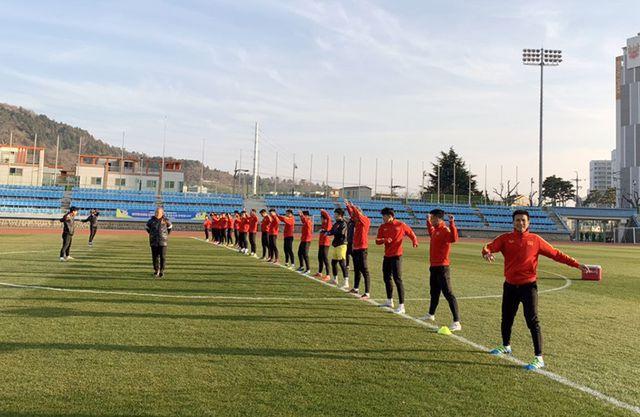 Thầy Park tiết lộ lý do U23 Việt Nam phải khổ luyện dưới thời tiết 5 độ C ở Hàn Quốc - Ảnh 2