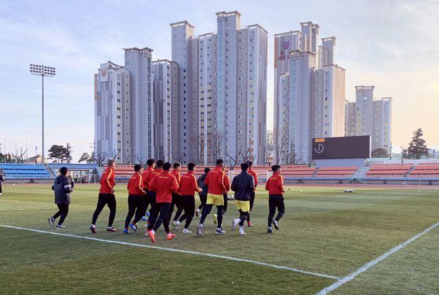 Thầy Park tiết lộ lý do U23 Việt Nam phải khổ luyện dưới thời tiết 5 độ C ở Hàn Quốc - Ảnh 5