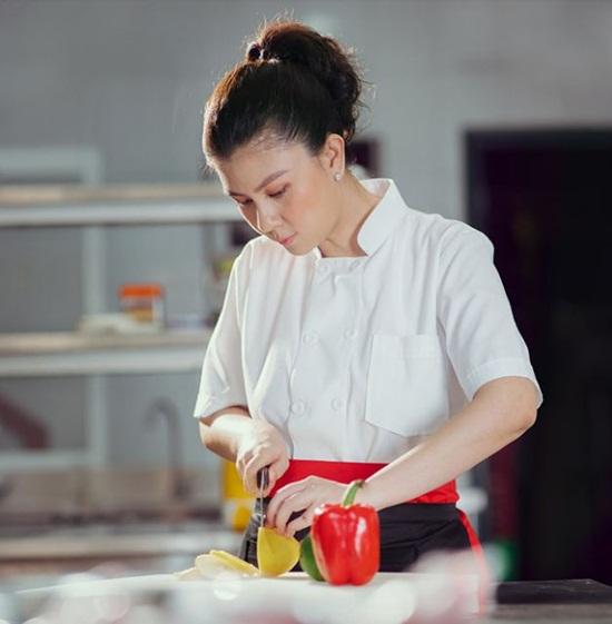 Nhan sắc khó lu mờ của diễn viên Kim Thư dù vất bả bán xôi sau 7 năm ly hôn - Ảnh 3