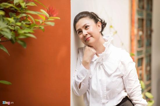 Nhan sắc khó lu mờ của diễn viên Kim Thư dù vất bả bán xôi sau 7 năm ly hôn - Ảnh 4