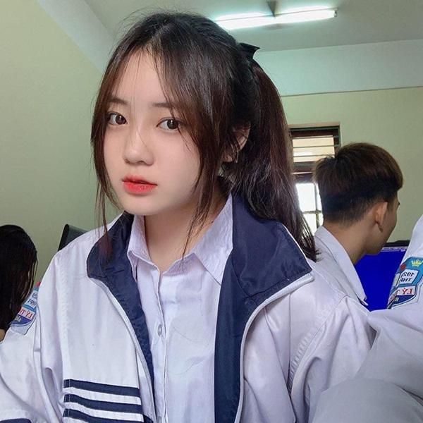 """Nữ sinh Quảng Ninh """"gieo thương nhớ"""" nhờ khoảnh khắc xuất thần trên truyền hình - Ảnh 2"""