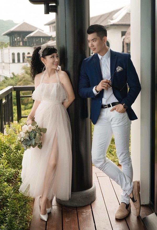 Trương Nam Thành thay đổi thế nào sau 1 năm lấy vợ đại gia hơn 15 tuổi? - Ảnh 1