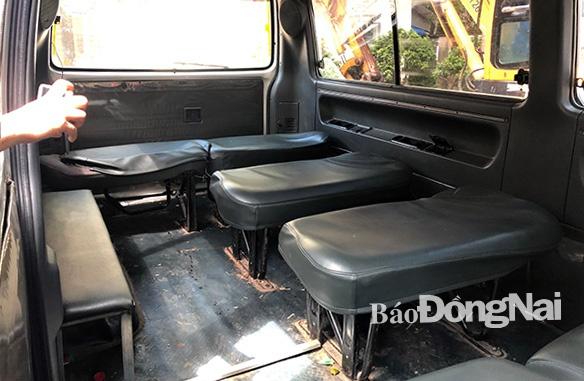 Vụ 2 học sinh rơi khỏi xe đưa đón ở Đồng Nai: Tài xế mua bằng lái giả với giá 3,5 triệu đồng - Ảnh 2