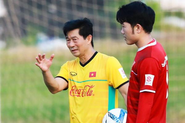 Chuyện ít biết về những người hùng thầm lặng đứng sau thành công của thầy trò HLV Park Hang-seo - Ảnh 4