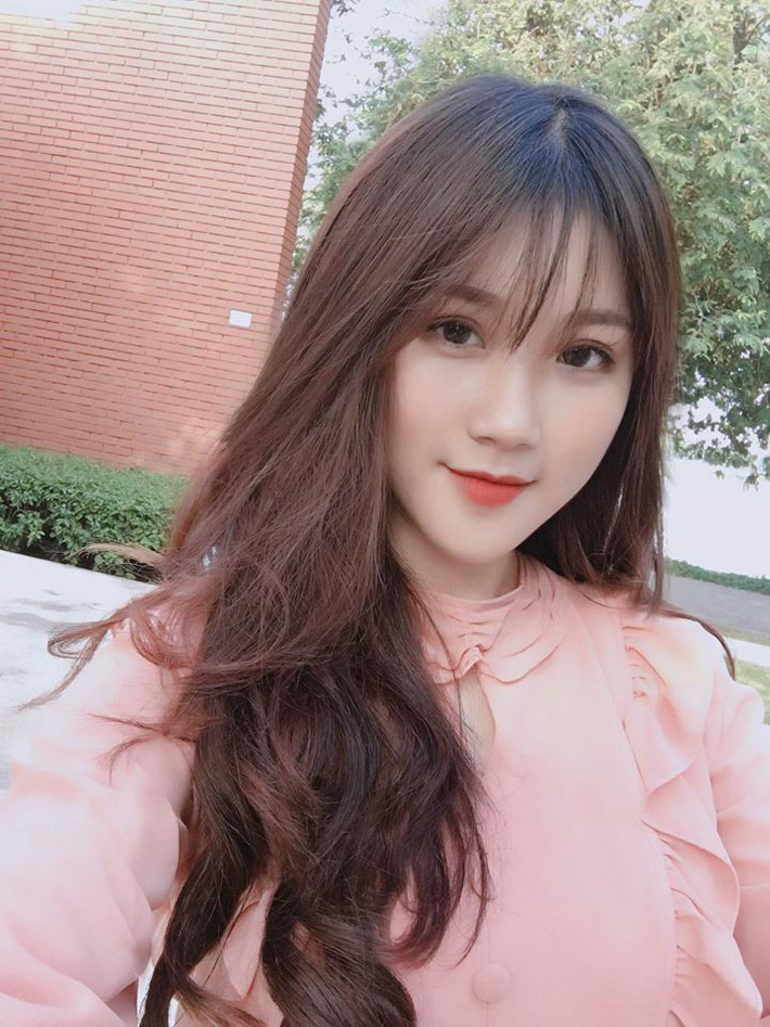 Nháo nhào truy tìm danh tính nữ CĐV xinh như thiên thần trong ngày U23 Việt Nam thắng đậm 4-0 - Ảnh 6
