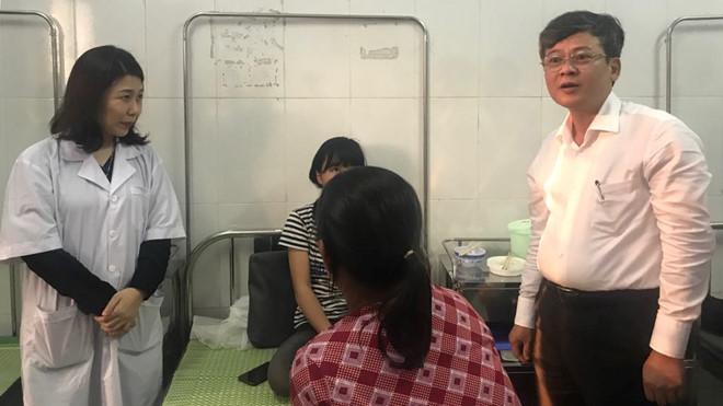 Bộ trưởng Phùng Xuân Nhạ trực tiếp về Hưng Yên giải quyết vụ nữ sinh bị đánh hội đồng - Ảnh 2