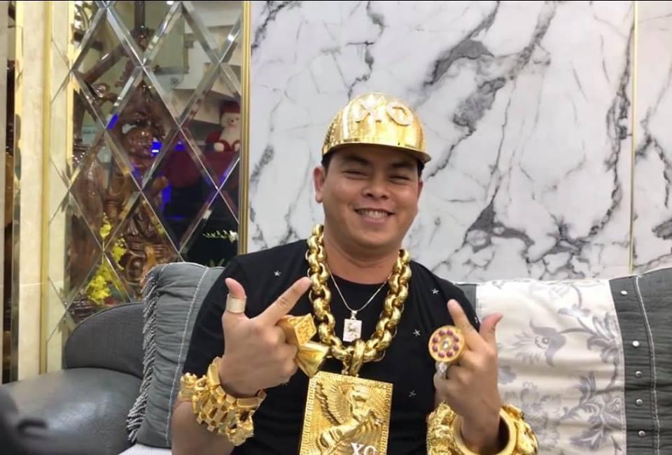 Phúc XO – đại gia đeo nhiều vàng nhất Việt Nam nổi đình đám trên mạng xã hội thế nào? - Ảnh 5