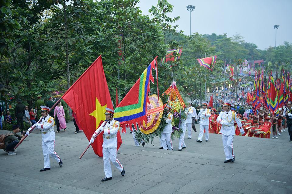 Chủ tịch Quốc hội Nguyễn Thị Kim Ngân dự lễ Dâng hương các Vua Hùng - Ảnh 1