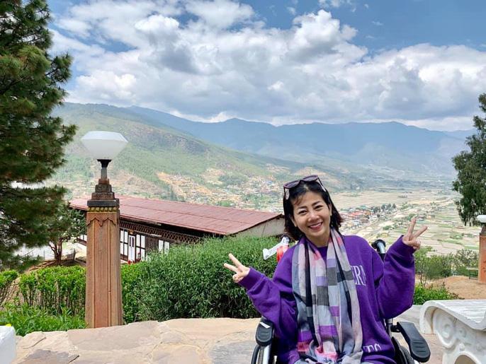 Diễn viên Mai Phương bật khóc khi chinh phục thành công đỉnh núi cao 3.000 m dù bị ung thư phổi - Ảnh 5