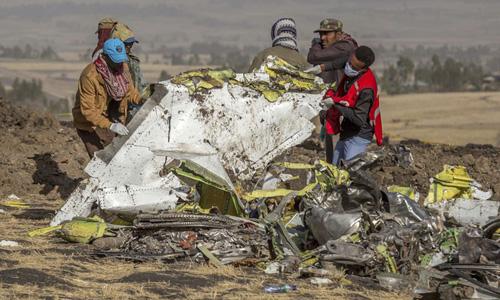 Hé lộ 9 giây định mệnh trước khi máy bay Boeing 737 MAX 8 ở Ethiopia lao như tên bắn, cắm đầu xuống đất - Ảnh 1