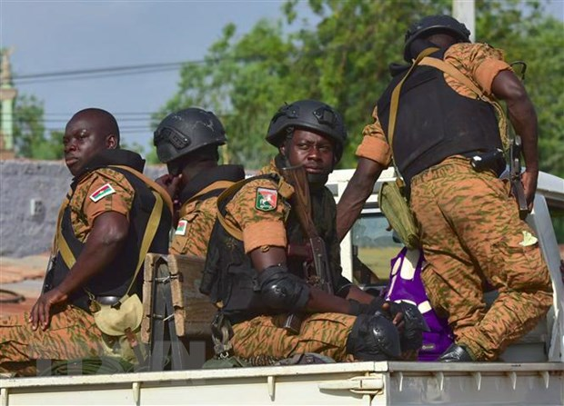 Ít nhất 6 người thiệt mạng trong vụ xả súng tại nhà thờ ở Burkina Faso - Ảnh 1