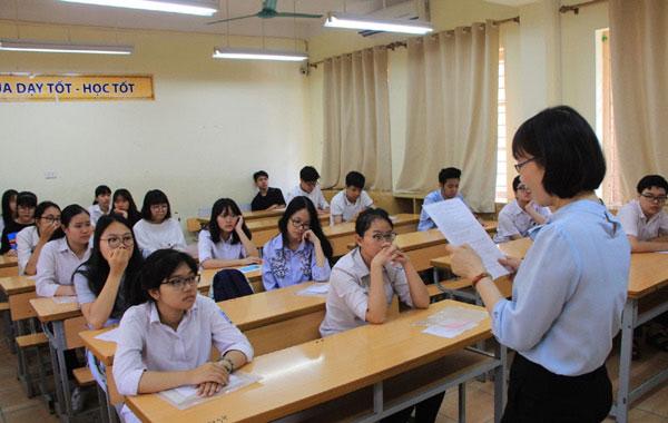 """Sở GD-ĐT Hà Nội công bố đường dây nóng cho """"cuộc đua"""" vào lớp 10 THPT - Ảnh 1"""