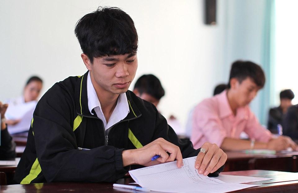 """Rò rỉ hình ảnh """"ngố tàu"""" của dàn tuyển thủ Việt Nam thời còn đi học, """"mặn"""" nhất là Công Phượng - Ảnh 4"""