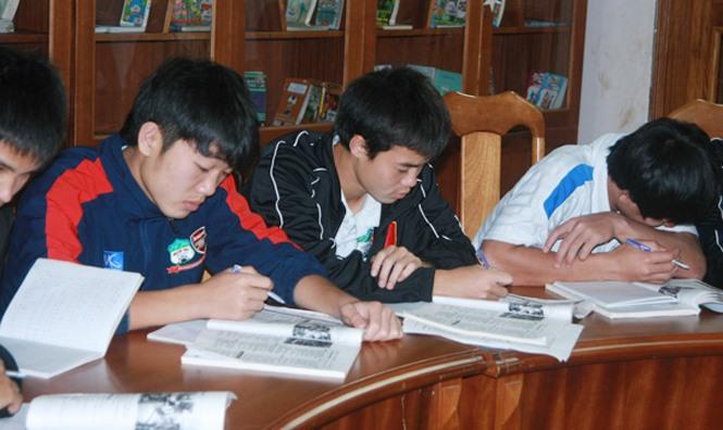 """Rò rỉ hình ảnh """"ngố tàu"""" của dàn tuyển thủ Việt Nam thời còn đi học, """"mặn"""" nhất là Công Phượng - Ảnh 6"""