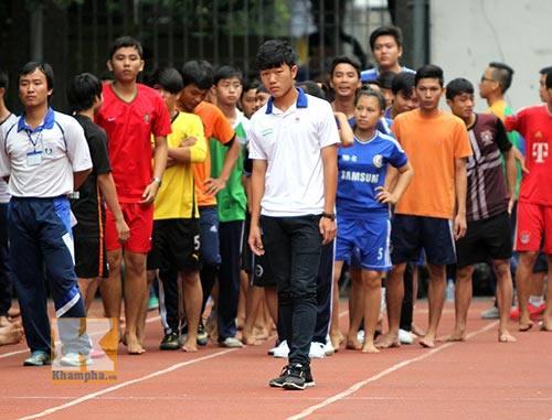"""Rò rỉ hình ảnh """"ngố tàu"""" của dàn tuyển thủ Việt Nam thời còn đi học, """"mặn"""" nhất là Công Phượng - Ảnh 7"""