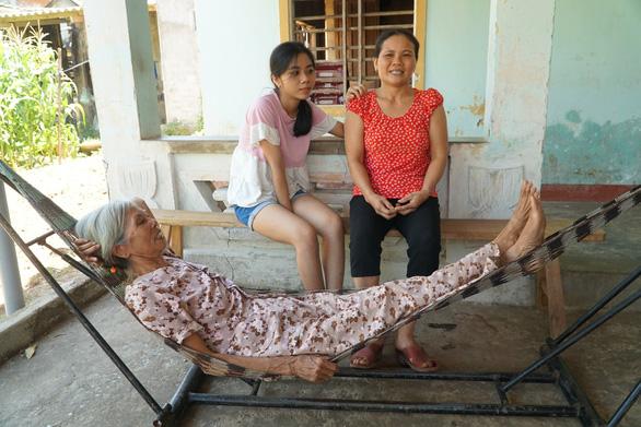 Cặp đôi thủ khoa trường làng học chung lớp: Không dùng điện thoại, chăm học tới mức làm mẹ mất ngủ - Ảnh 2