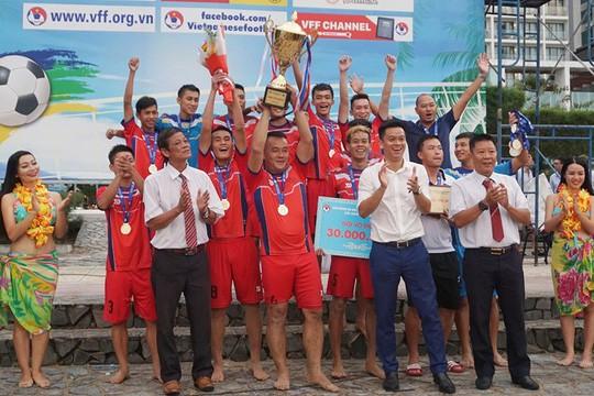 Hé lộ nội dung đoạn ghi âm dàn xếp tỷ số trận đấu gây xôn xao làng bóng đá bãi biển Việt Nam - Ảnh 1