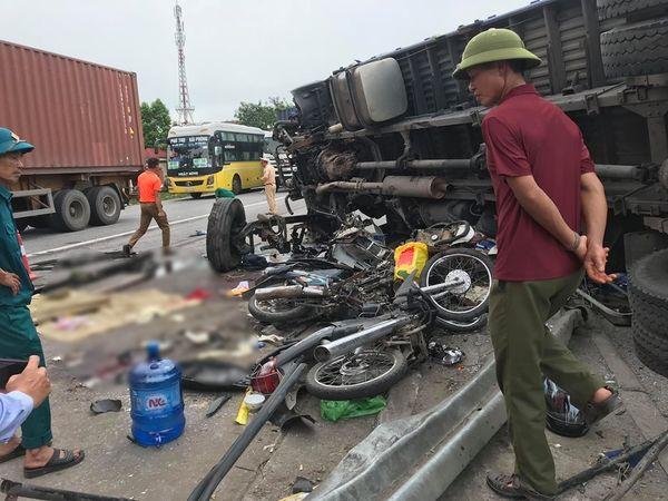 Vụ tai nạn 5 người tử vong ở Hải Dương: Kéo xe tải lên đau đớn nhận ra con trai mặt mũi còn dính đầy dầu ô tô - Ảnh 1