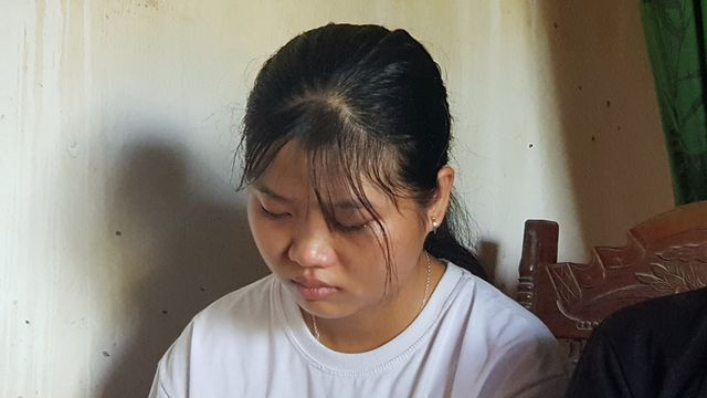 Nữ sinh trúng tuyển ĐH Khoa học Xã hội và Nhân văn đóng khung giấy báo nhập học vì lý do đau lòng - Ảnh 1