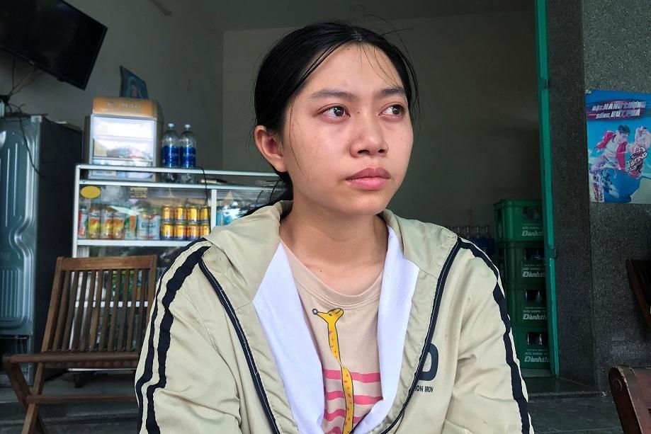 Cay mắt nghe cảnh đời mồ côi mẹ của tân sinh viên trường Đại học Ngoại ngữ Đà Nẵng - Ảnh 1