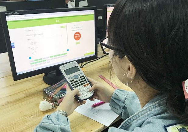 Thi THPT quốc gia sau năm 2020 sẽ làm bài trên máy tính - Ảnh 1