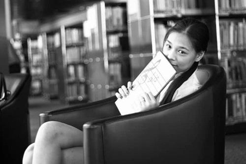 Hé lộ chuyện đời tư ít biết của BTV Quang Minh sau khi kết hôn với nữ nhà văn xinh như hoa hậu - Ảnh 4