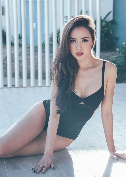 """""""Phát hờn"""" với vẻ đẹp gợi cảm của chân dài được Vũ Khắc Tiệp khen có body đẹp nhất Việt Nam  - Ảnh 8"""