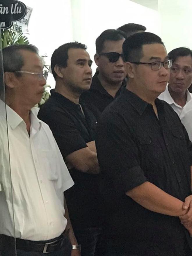 Con trai nghệ sĩ Chánh Tín chưa thể có mặt ở Việt Nam nhìn mặt cha lần cuối - Ảnh 4